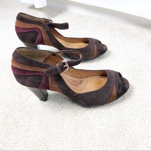 Sofft color-swirled / blocked suede stacked heel